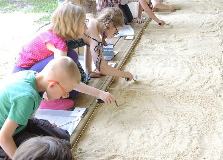 Initiation À L'archéologie Pour Jeune Public à Fecamp