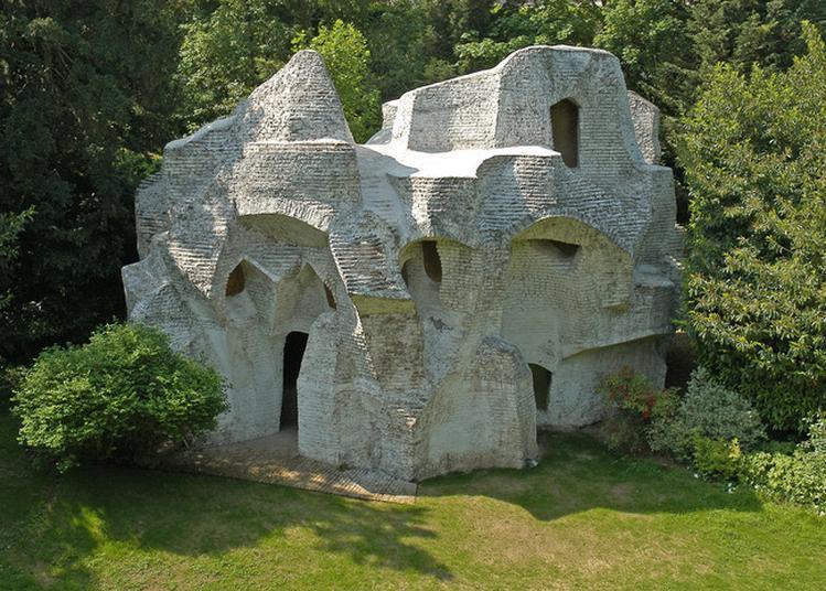 Installation De L'artiste Leonor Antunes & Visite Du Jardin D'andré Bloc à Meudon