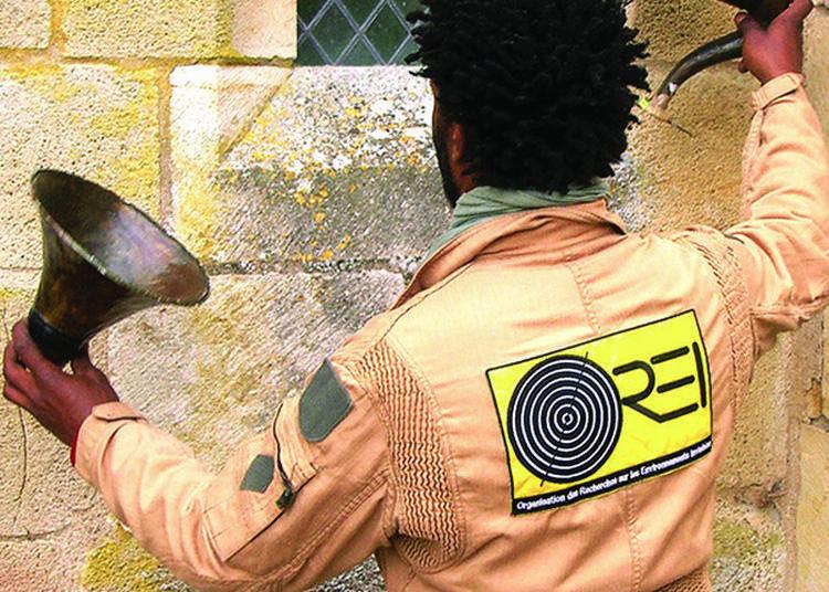 Installation La Chambre Aux Acousmates De La Cie Décor Sonore à Bruere Allichamps