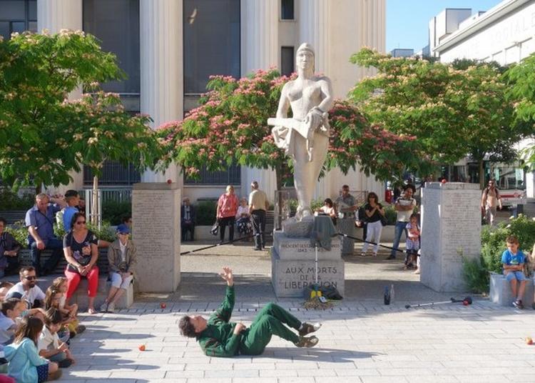 Jean, Solo Pour Un Monument Aux Morts à Villers les Nancy