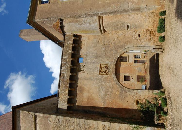 Jeu De Piste Meurtre Au Château à Charolles