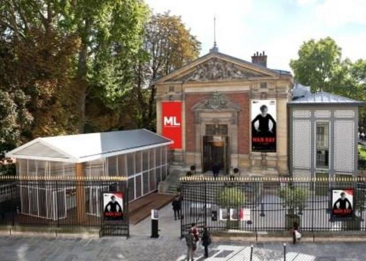 Jeunes Médiateurs De L'exposition Man Ray Et La Mode à Paris 6ème