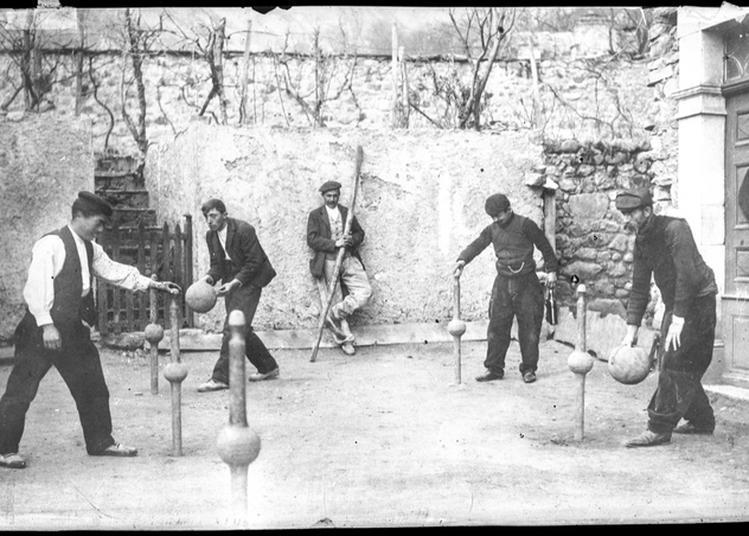 Jeux Anciens Pour Les Enfants Et Les Grands à Toulouse