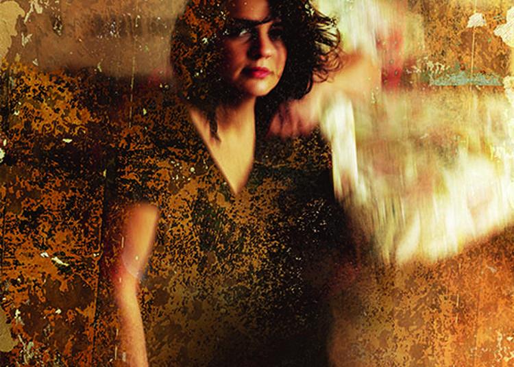Julie Lagarrigue au Café Plùm à Lautrec