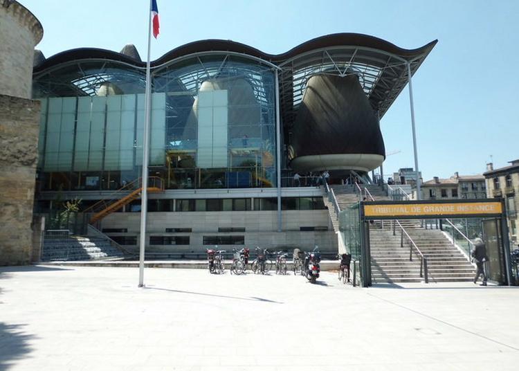 Justice, Art Et Divertissements Au Tribunal De Grande Instance De Bordeaux