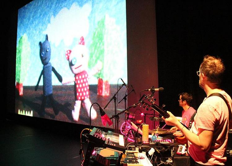 Komaneko [ciné-concert] par SZ - Jeune Public à Macon