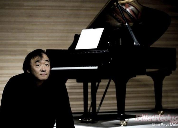 Kun-Woo Paik à Paris 8ème