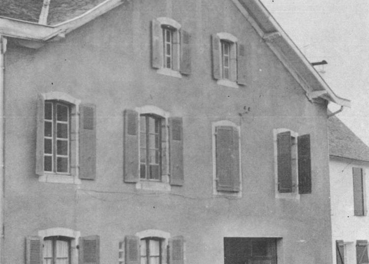 L'ancienne Usine D'espadrilles Pée-laborde à Arette
