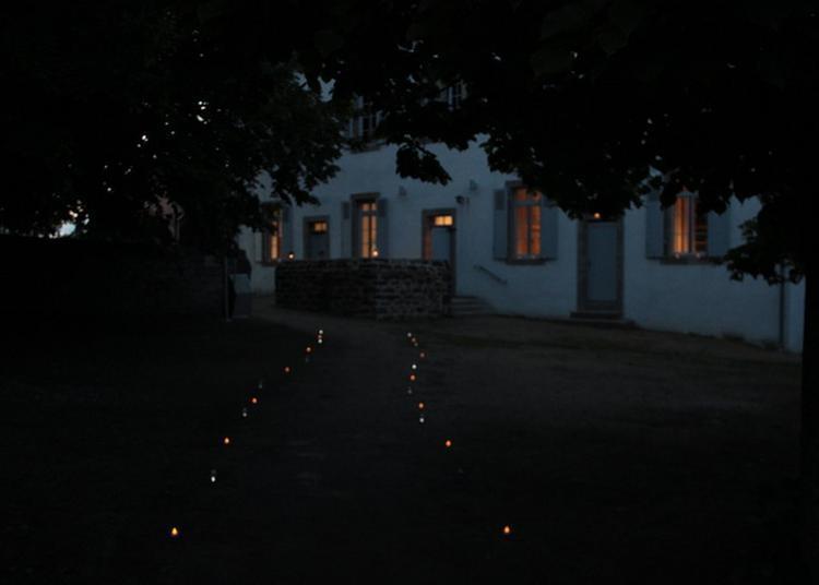 L'école Au Clair De Lune - Visite Découverte à Tregarvan