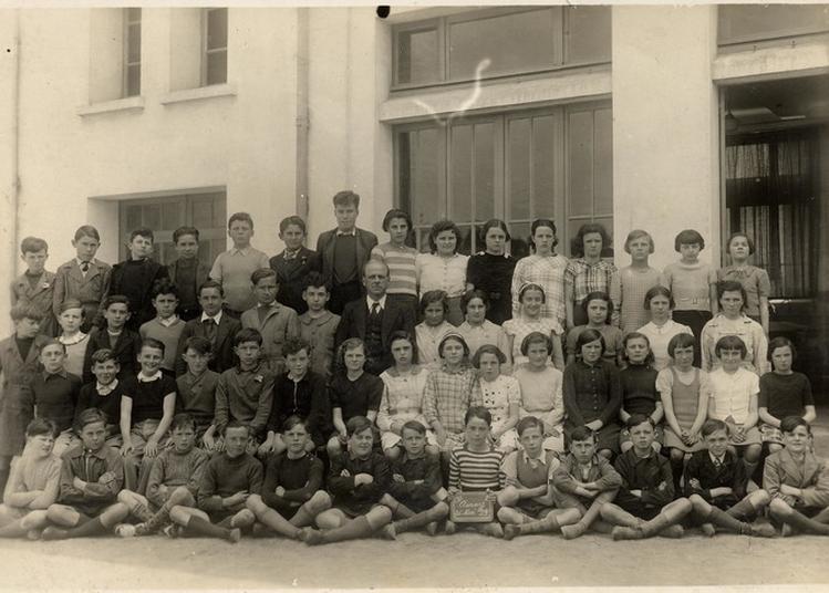 L'école D'antan : Évocation D'une Classe Ancienne à Auray