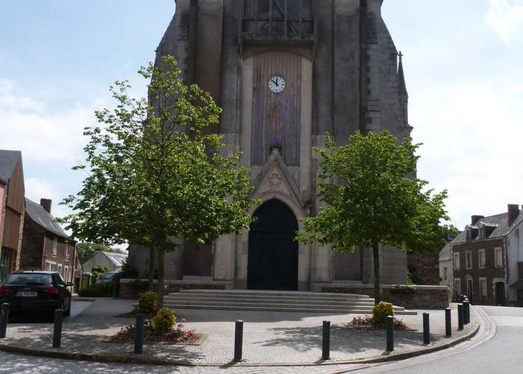 L'église Au Fil Du Temps à Rouge