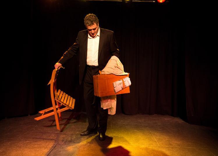 L'homme à la valise à La Brede