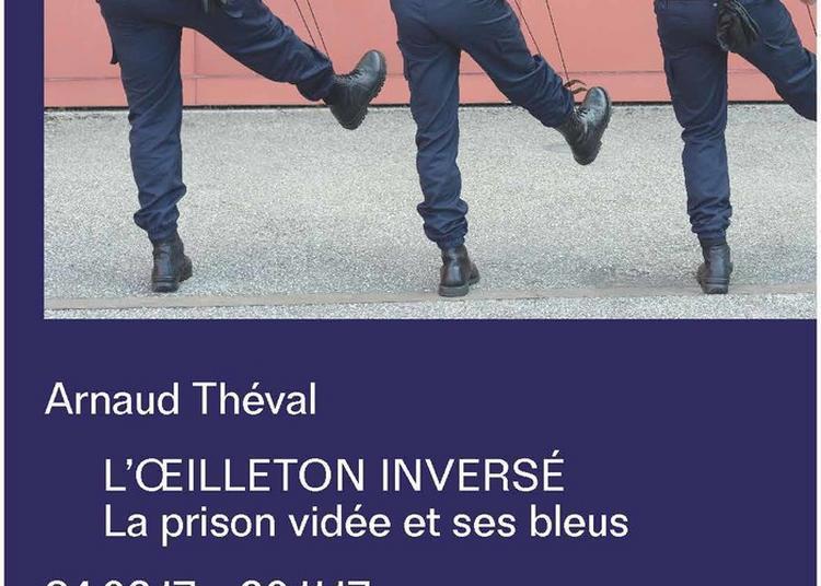 L'oeilleton Inversé, La Prison Vidée Et Ses Bleus à Agen