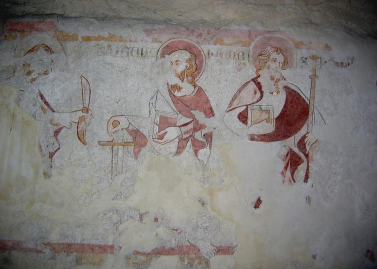 La Base Du Clocher Roman D'annecy-le-vieux à Annecy le Vieux