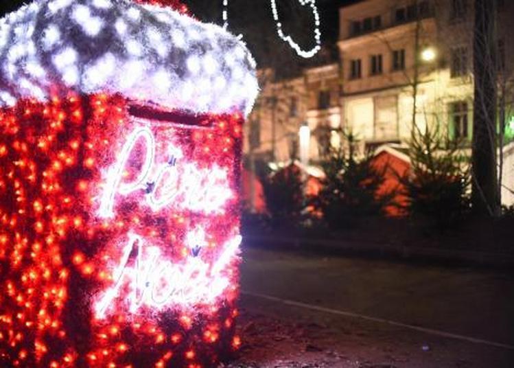 La Boîte Aux Lettres Du Père Noël à Amiens
