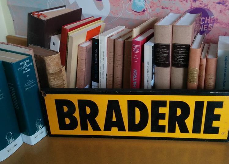 La Braderie Des Archives De Rennes