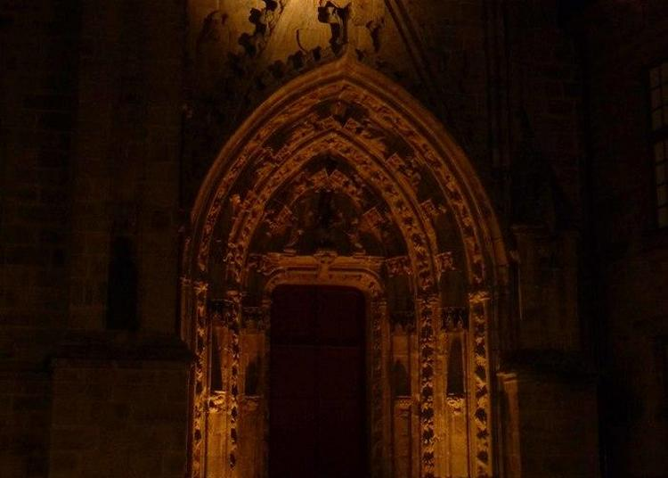 La Cathédrale Saint-corentin By Night à Quimper