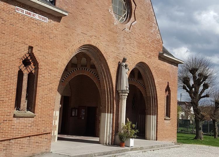 La Construction De Notre-dame-des-trévois à Troyes
