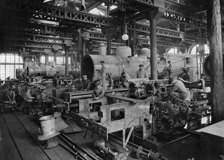 La Culture à Toute Vapeur : De La Locomotive Au Livre à Le Creusot
