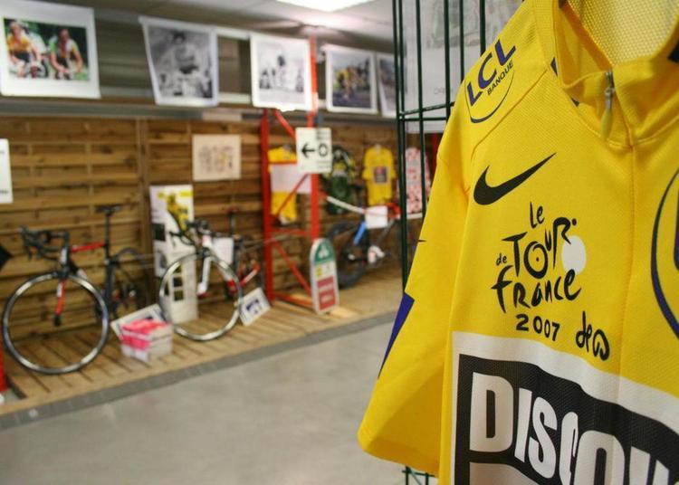 « La Magie du Cyclisme » : une exposition inédite de passage à Cavaillon pour revivre les moments forts du Tour de France