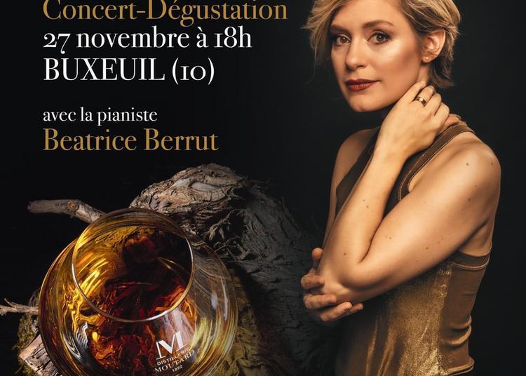 La virtuose du piano Beatrice Berrut en concert-dégustation Domaine Moutard à Buxeuil