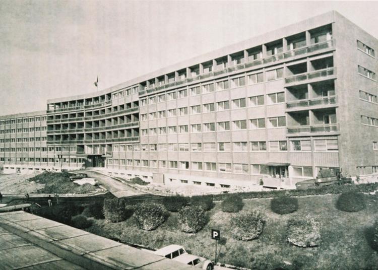« L'hôpital D'aubagne De 1941 à 1971 » Par Jean-jacques Vidal, Partage De Souvenirs Et Dédicace à Aubagne