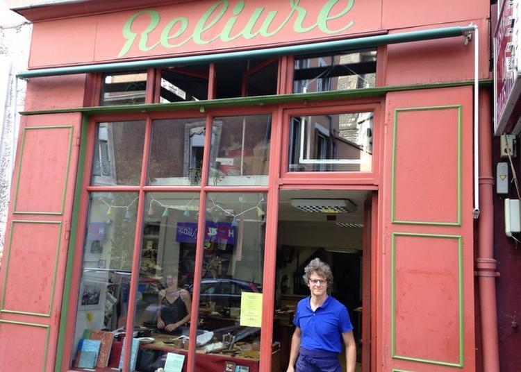 «la Reliure De A à Z : Visite Commenté D'un Atelier De Reliure Et Dorure De Livres». à Grenoble