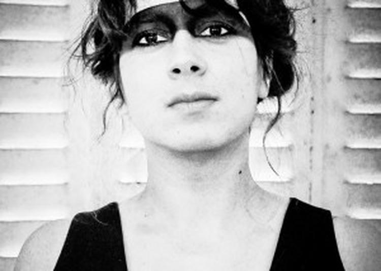 Laura Cahen / Première Partie : Facteur Chevaux à Paris 19ème