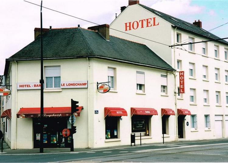 Le Bureau De L'octroi Devenu Hôtel-bar-restaurant à Nantes