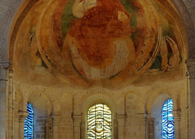 Le Chevet Roman Et La Cathédrale De L'an Mil à Nevers