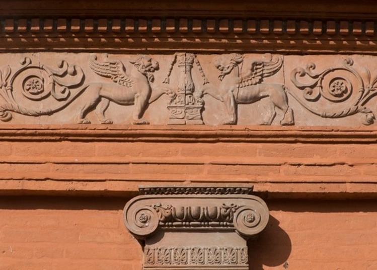 Le Décor Architectural En Terre Cuite Moulée À Toulouse Au Xixè Siècle, Plantes, Perles Et Bêtes Sauvages !