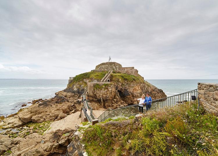 Le Fort De Bertheaume, Sentinelle De La Rade De Brest à Plougonvelin