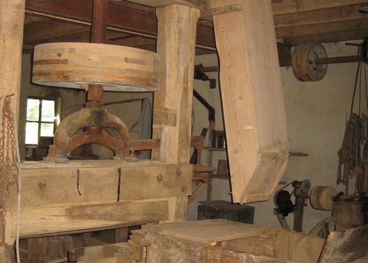 Le Moulin De La Croix à Ratte