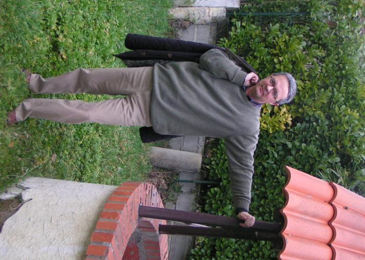 Le Poète Eric Enderlin Lit (et Relit) Le Poète Eric Enderlin à Auch