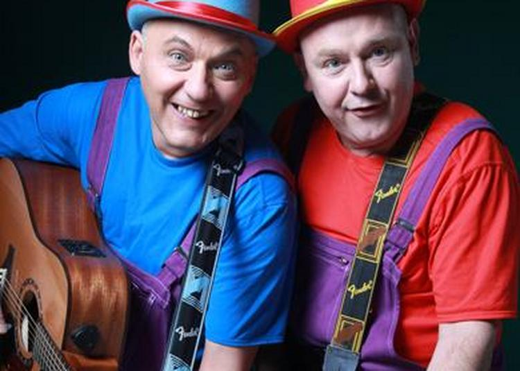 Léon et Barnabé ça fait boum au cirque à Saint Malo
