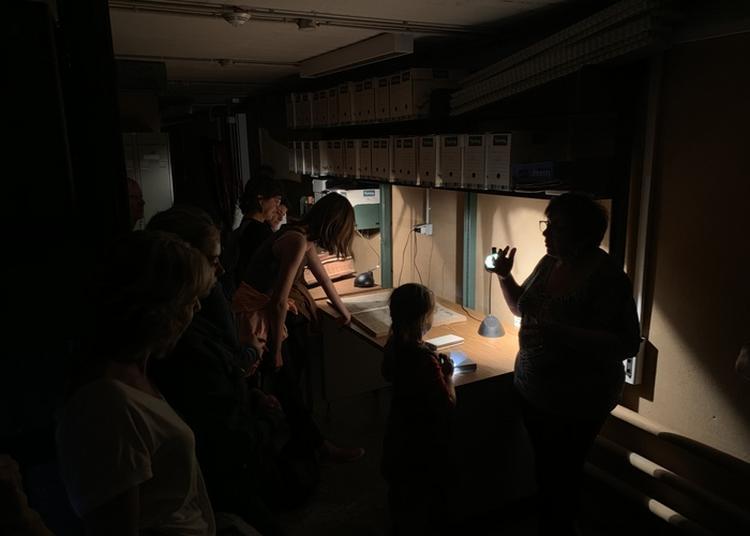 Les Archives Au Clair De Lune, Visite à La Lampe Torche. à Aurillac