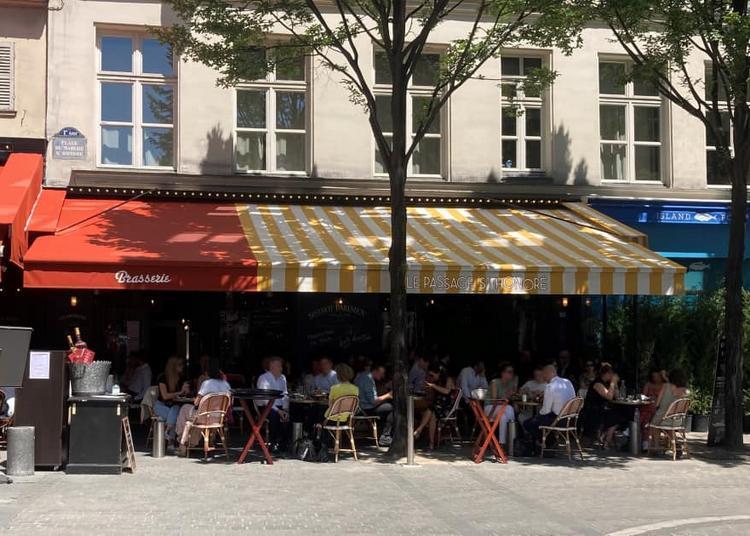 Les DJ's du célèbre balcon de Val Thorens à Paris 1er