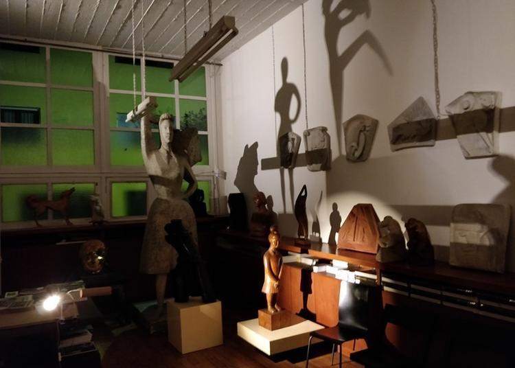 Les Fantômes Bienveillants De La Villa Seurat à Paris 14ème