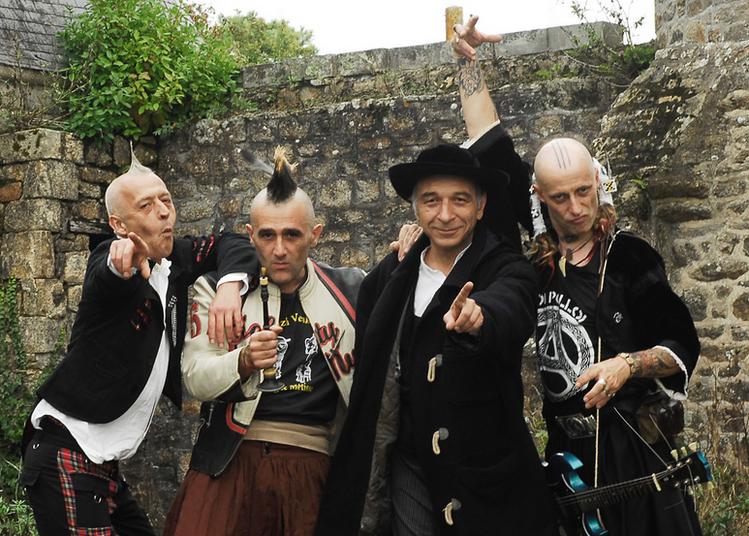 Les Ramoneurs De Menhirs  +  Electrik  Diskan à Brasparts