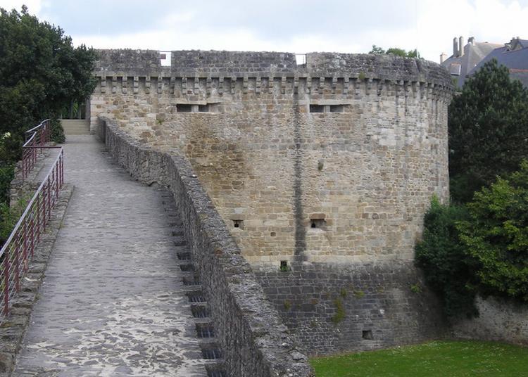Les Remparts De Dinan