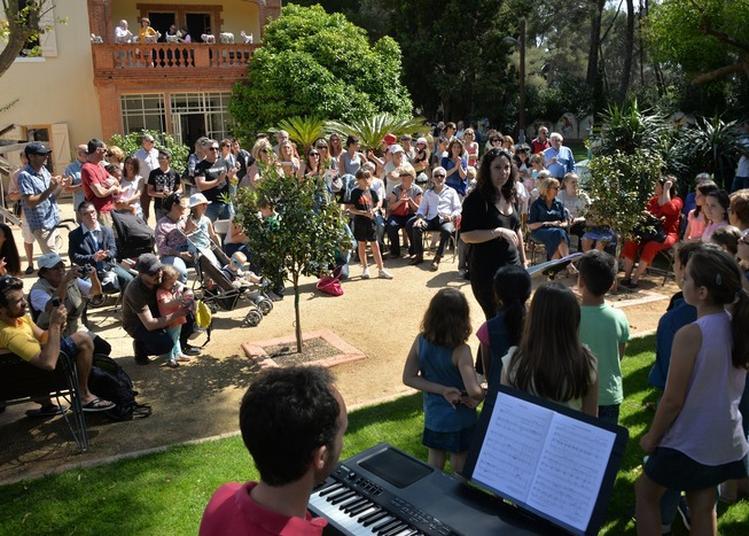 Les Rendez-vous Au Jardin De La Maison Du Cygne à Six Fours les Plages