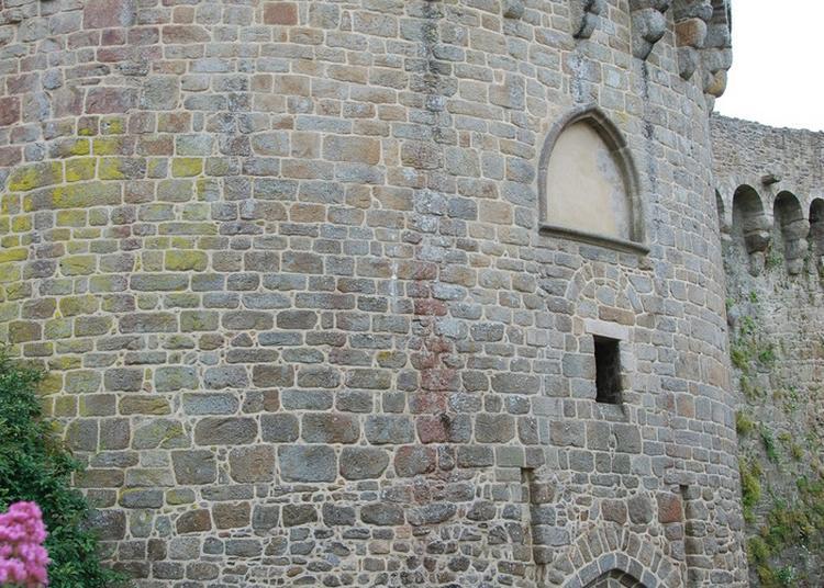 Les Tours Et Portes De L'enceinte Dinannaise - La Porte Du Jerzual