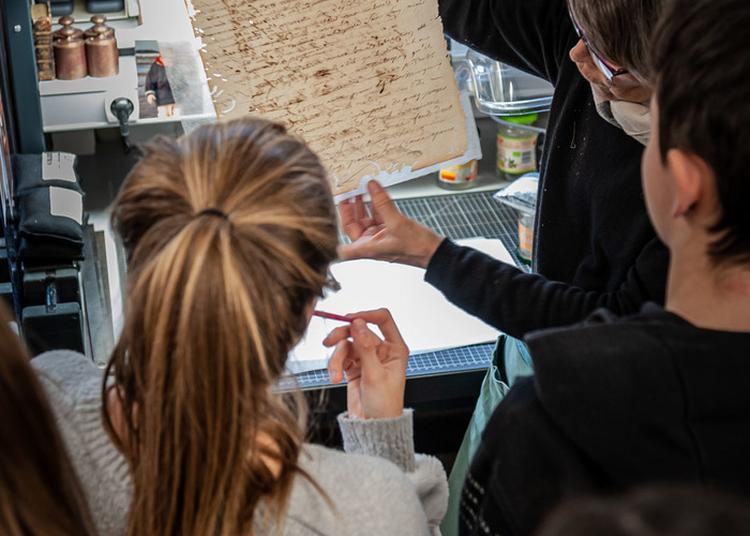 Levez Les Yeux! Aux Archives Nationales D'outre-mer à Aix en Provence
