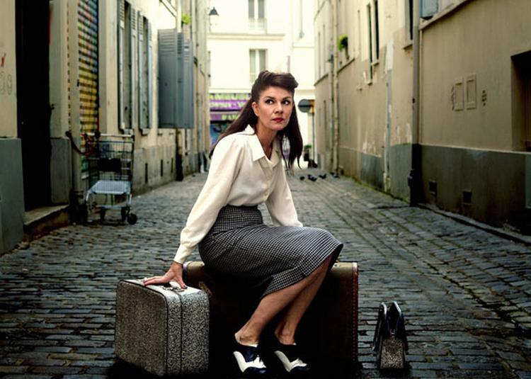 Lucy Dixon à Paris 1er