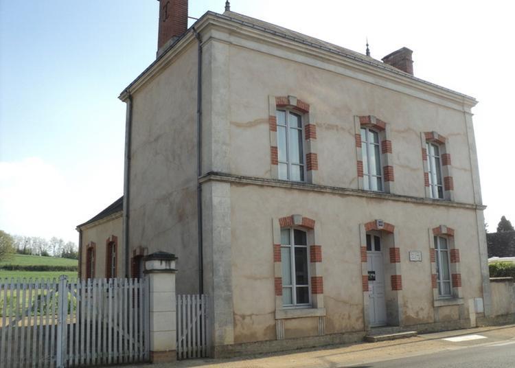 Maison D'école Natale De L'écrivain Catherine Paysan à Bonnetable