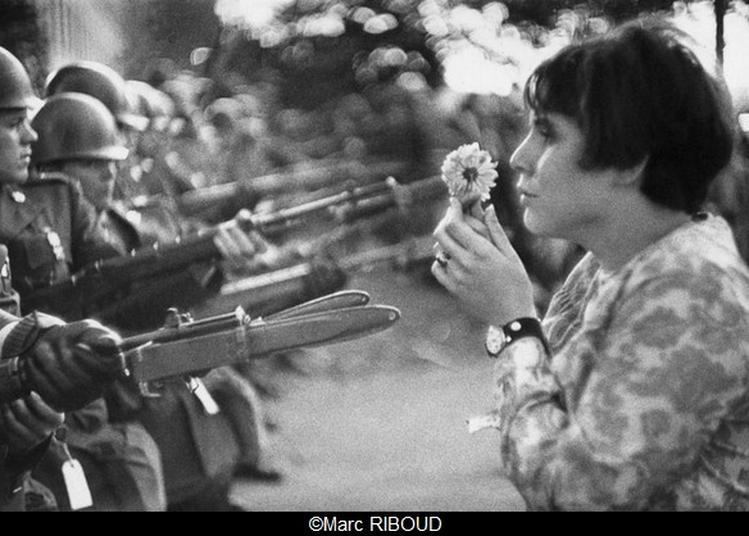 Marc Riboud« La jeune fille à la fleur, 50 ans après » à Paris 6ème