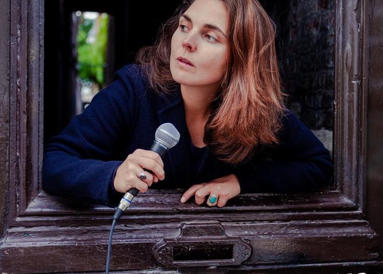 Margot Winch dans Soliloque Public à Albert