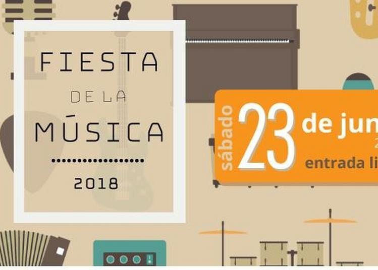 Mariachi Tradicional De Puebla / Dúo Staccatos Guitarra / Yolteotl, Etc... à Le Mans