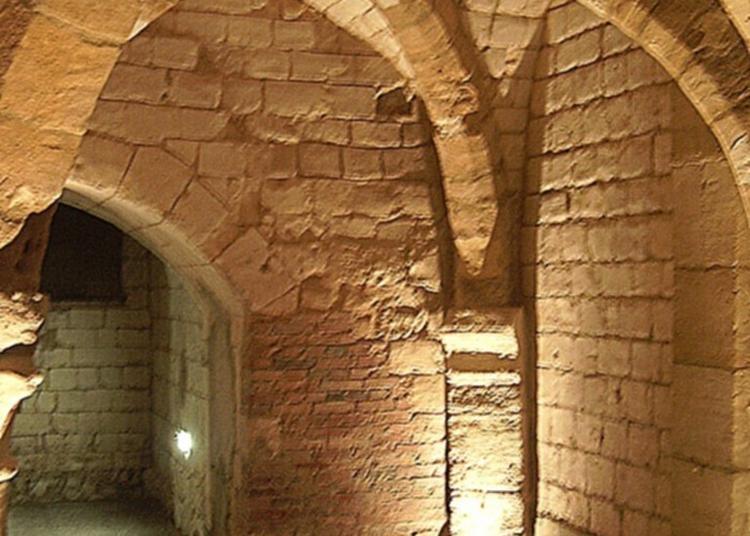 Marionnettes Aux Caves Médiévales à Chalons en Champagne