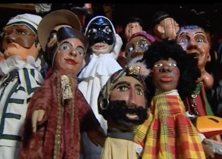 Marionnettes expo à Monetay sur Allier